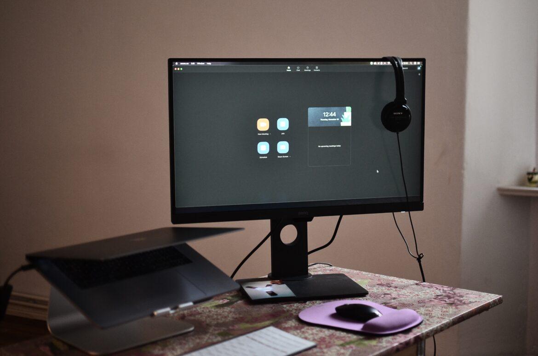 Zastanawiasz się czy wybrać monitor UHD czy Full HD? Sprawdź!